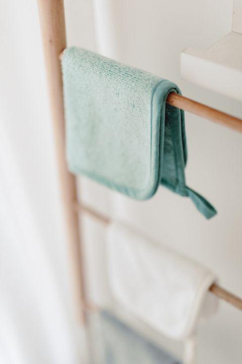 3 pak reczniczkow bambusowych do twarzy odbijania mycia dusty mint memi bath 2
