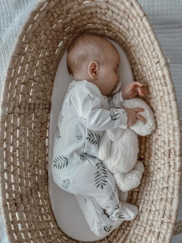Pyjamas med fot - Heldress - økologisk bomull - Grey Leaves